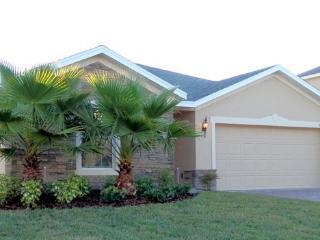 Orlando/Winter Garden Villa- 2 bedrooms/sleeps 5