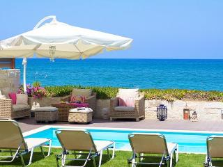Beachfront Property only 1 klm to the City Center, Rethymno