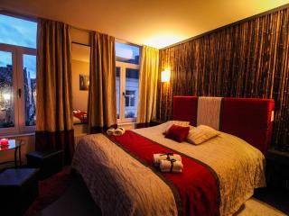 Gold - Suites 51 Bruges BnB