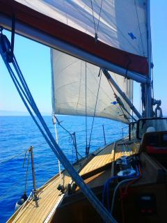 deck (port side)