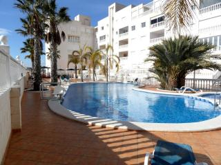 4 Bedroom Air- Conditioned with Heated Pool, Guardamar del Segura