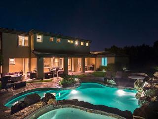 'Casablanca'Luxury Pool & Spa, Waterslide, Firepit, Indio