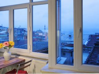 Istanbul - Very Central Panaromic 2 BR Apt, Estambul