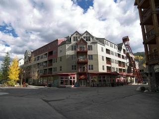 Silvermill 2 Bedroom 2 Bath, Keystone