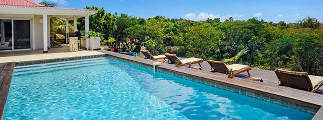 Villa Bali SPECIAL OFFER: St. Martin Villa 238 A New, Spacious And Elegant One-bedroom Villa Overlooking The Caribbean Sea., Terres Basses