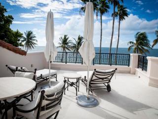 Superb 2 Bedroom Oceanfront Villa in Fisher Island, Miami