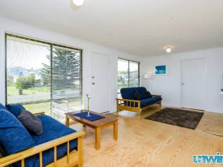 SA Holiday House: 'Shaka Retreat' - Goolwa Beach
