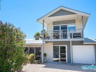 SA Holiday House: 'Palm Cottage' - Goolwa Beach