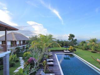 Villa Uma Nina, Kedonganan