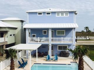 House of Views offers the Ultimate Resort Vacation, Private Pool, Walkover, Port Aransas