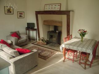 Charming cottage - river, beaches, St Malo, Dinan