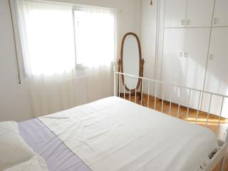 2BRM LOVELY FLAT 5' FROM BEACH, Limassol