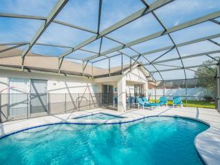 South Facing Private Pool with Kiddies Splash Pool / WiFi / Games Room, Kissimmee
