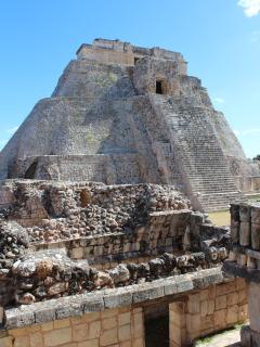 spectacular Mayan pyramids nearby