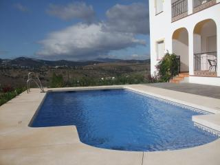 Luxury 3 Bedroom 2 Bathroom Ground floor Flat., Viñuela