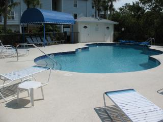 Absolutely Perfect - Cove at Sandy Pointe #207