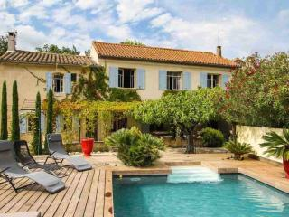 Lovely Charming Provencal Alpilles  Farmhouse, Fontvieille