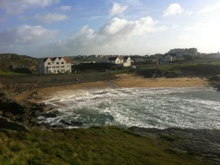 Holiday Apartment with beach views Trearddur Bay