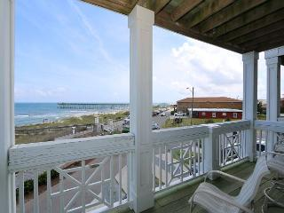 KB Villa C7 -  Oceanfront condo with large decks and panoramic water views, Kure Beach