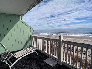 Sunskipper Unit D10 -  Oceanfront penthouse condo with easy beach access, pool, Carolina Beach