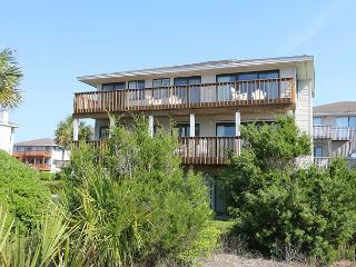 Sea Oats -  Enjoy a soothing vacation getaway in this quiet ocean view home, Wrightsville Beach