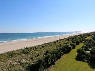 Station One - 4C DiRosa - Oceanfront condo with community pool, tennis, beach, Wrightsville Beach