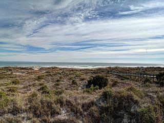 DR 2201 - Beautiful oceanfront condo at the desirable Duneridge Resort, Wrightsville Beach