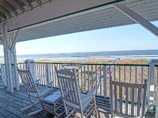 LegaSea- Exceptional oceanfront home perfect for larger family get together