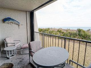 Station One - 1D Seascape-Oceanfront condo with community pool, tennis, beach, Wrightsville Beach
