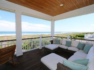 Sampson House- Luxury oceanfront duplex at Wrightsville Beach, pet friendly