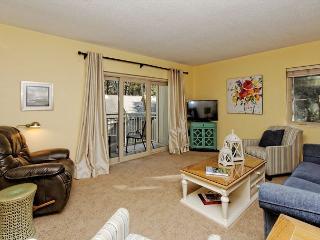 Plantation Club 528, 2 Bedrooms, 2 Large Pools, Elevator, Sleeps 7, Hilton Head