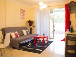 New & Luxury 2 Beds Rooms Apartment - Garden &WIFI, Palm-Mar
