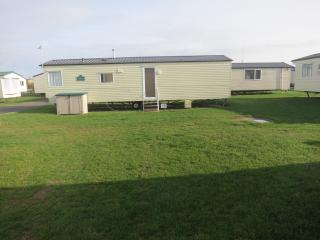 Ref Foreshore 22020 Seashore Haven  8 berth caravan  close to the amenities.