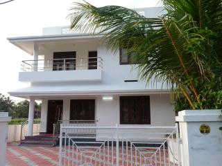 lighthome stay fully furnished 5a/c bed room house