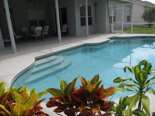 Hampton Lakes 4 Bedroom Home Private Pool Free Wi-, Davenport
