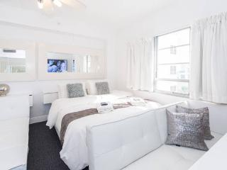 3 Room Art Deco Oceanfront Suite at Shelborne, Miami Beach