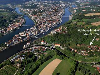 Holzhaus im Grünen, Passau