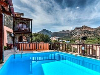 Traditional Home with Sharring Pool (Penelope), Elounda