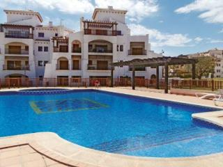 Elegant flat with balcony and pool, Banos y Mendigo