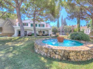 MASIA PAIRAL villa 20 sleeps, beaches Sitges 5 min