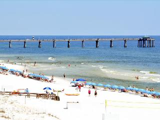 """Gulf Dunes Unit 613"" Beautiful Direct Gulf Front View!! Spacious 3 bedroom unit, Fort Walton Beach"