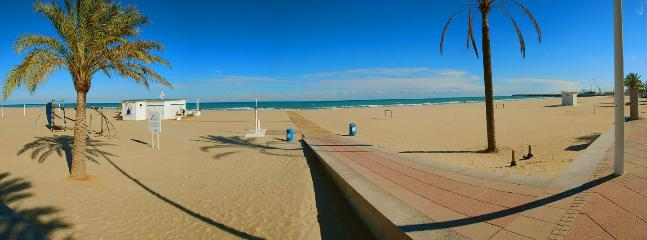 Gandia Beach - beautiful sandy blue flag beach