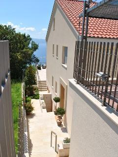 Luxury villa with pool near Omis