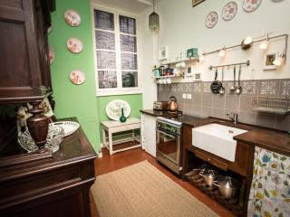 The well equipped kitchen has everything you need to prepare a perfect meal