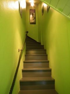 L'escalier menant au premier étage