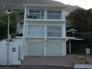 Simon's Town Luxury Studio with 180degree Sea View