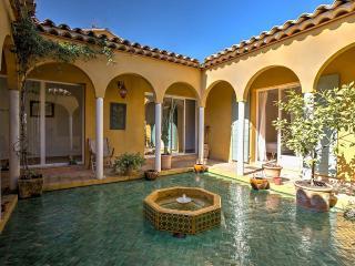 Lovely Villa, Eygalieres