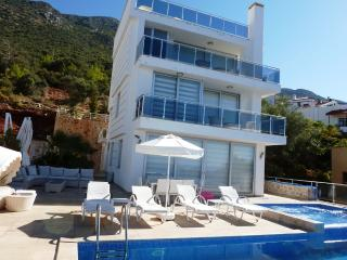 Luxury Villa Cina in Kalkan(FREE ONE WAY TRANSFER)