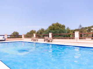 Cala Salada Apartment 6PAX, Sant Antoni de Portmany