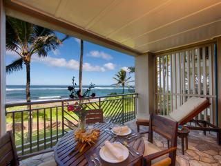 Villa 217 Second Level Studio with Direct Ocean Views, Kahuku